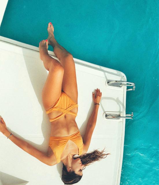 charter-donna-bikini