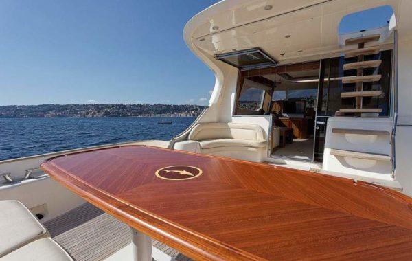 SEA PASSIO mochi64 yacht charter