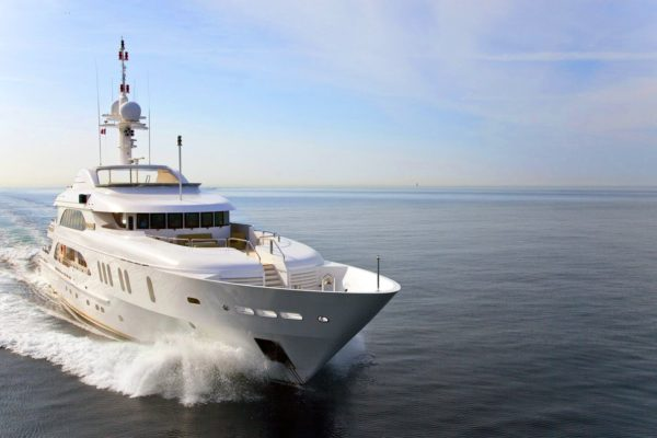 Motor Yacht Sensation (2)