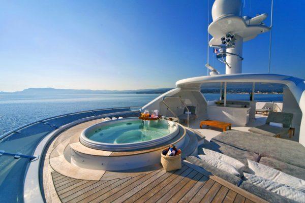 Motor Yacht Sensation (9) - master